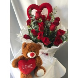 12 roses, teddy + heart