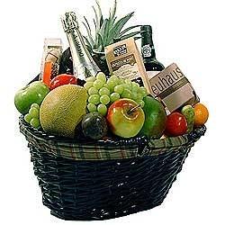 Cesta de frutas con cava y vino