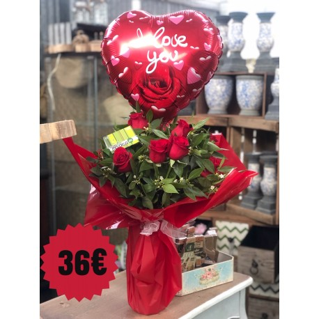 12 Red Roses with balloon